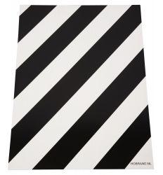 Block board white black