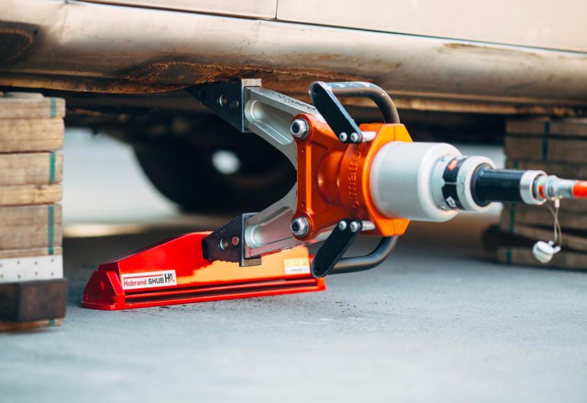 Een nieuw en handig hulpmiddel voor het veilig heffen met iedere standaard spreider: de Hobrand SHUB!